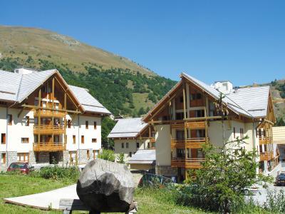 Location au ski Résidence Lagrange les Chalets du Galibier - Valloire - Extérieur été