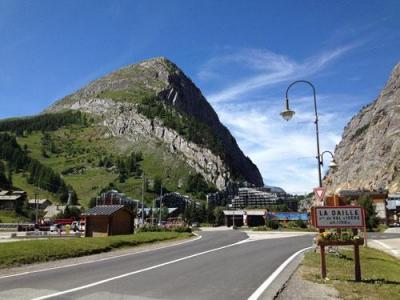 Location au ski Residence Lagrange Les Residences - Val d'Isère - Extérieur été