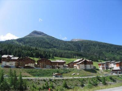 Location au ski Residence Lagrange Les Valmonts De Val Cenis - Val Cenis - Extérieur été