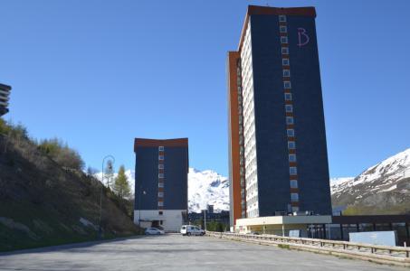 Location au ski Résidence Lauzes - Les Menuires - Extérieur été