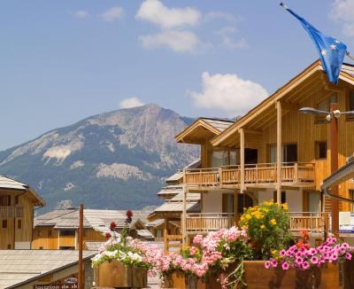 Location au ski Residence Le Balcon Des Airelles - Les Orres - Extérieur été