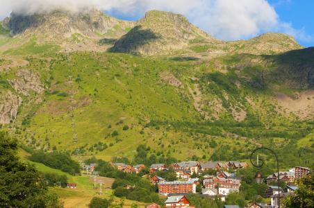 Vacances en montagne Résidence le Balcon des Neiges - Saint Sorlin d'Arves - Extérieur été
