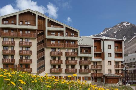 Rent in ski resort Résidence le Borsat IV - Tignes - Summer outside