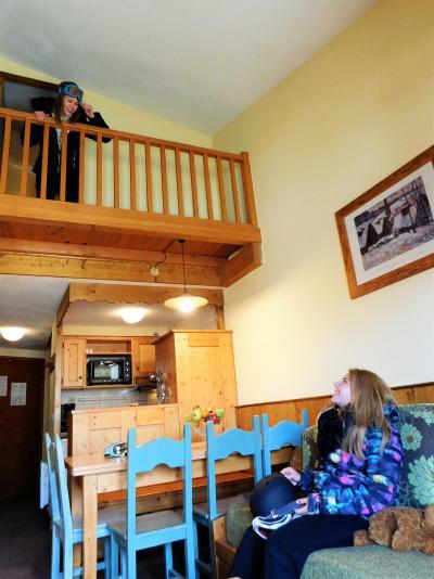 Vacances en montagne Résidence le Cheval Blanc - Val Thorens - Table
