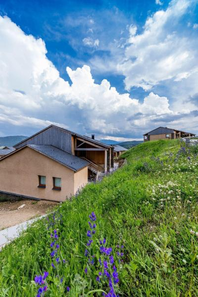 Rent in ski resort Résidence le Clos des Fontaneilles - Les Angles - Summer outside