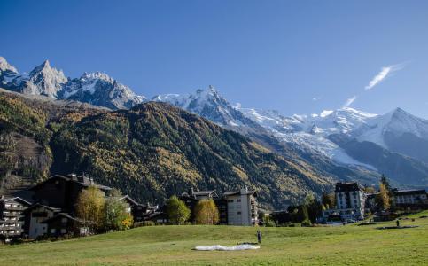 Location au ski Résidence le Clos du Savoy - Chamonix - Extérieur été