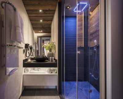 Vacances en montagne Résidence le Cristal de Jade - Chamonix - Salle d'eau