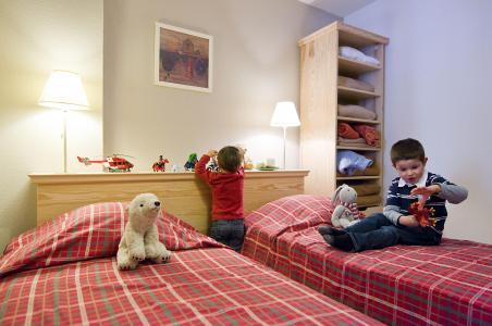 Holiday in mountain resort Résidence le Domaine de Castella - Font Romeu - Single bed