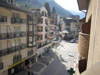 Location au ski Studio coin montagne 4 personnes (307) - Residence Le Grand Chalet - Brides Les Bains - Extérieur été