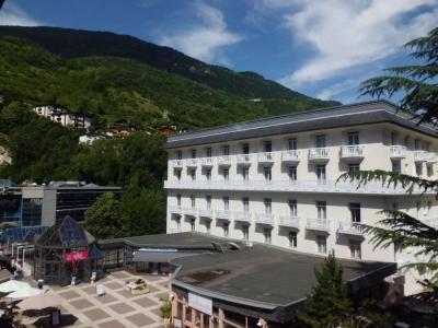 Location au ski Studio coin montagne 4 personnes (313) - Residence Le Grand Chalet - Brides Les Bains - Extérieur été