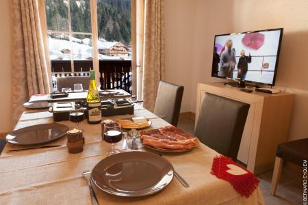 Vacances en montagne Résidence le Grand Ermitage - Châtel - Table