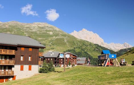Vacances en montagne Résidence le Hameau du Mottaret - Méribel-Mottaret - Extérieur été