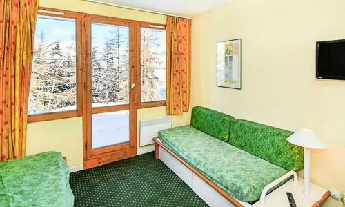 Location au ski Studio 4 personnes (Budget 22m²) - Résidence le Hameau du Sauget - Maeva Home - Montchavin La Plagne - Extérieur été
