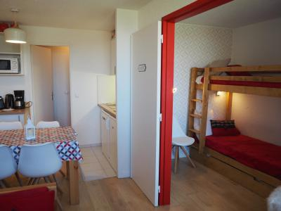 Holiday in mountain resort 2 room apartment 4 people (420) - Résidence le Median - Les Menuires - Accommodation