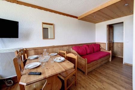 Vacances en montagne Studio cabine 4 personnes (216) - Résidence le Median - Les Menuires - Canapé
