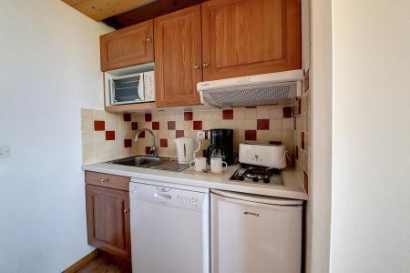Vacances en montagne Studio cabine 4 personnes (216) - Résidence le Median - Les Menuires - Coin repas