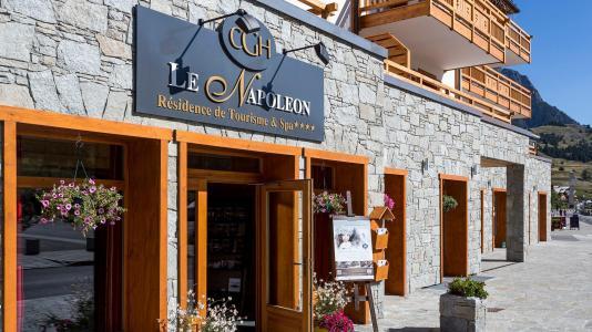 Rent in ski resort Résidence le Napoléon - Montgenèvre - Summer outside