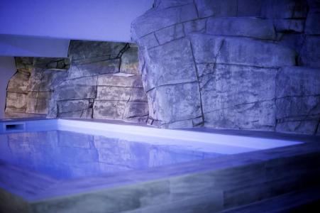 Vacances en montagne Résidence le New Chastillon - Isola 2000 - Piscine