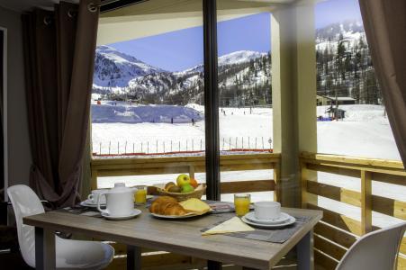 Vacances en montagne Résidence le New Chastillon - Isola 2000 - Table