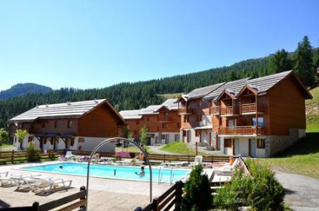 Location au ski Residence Le Parc Aux Etoiles - Puy-Saint-Vincent - Extérieur été