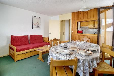 Holiday in mountain resort 3 room apartment 8 people (86) - Résidence le Pelvoux - Les Menuires - Pull-out sofa