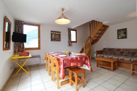 Holiday in mountain resort 3 room duplex apartment 8 people (30) - Résidence le Petit Mont Cenis - Termignon-la-Vanoise - Living room