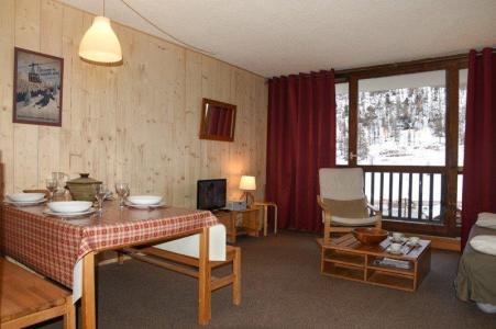Holiday in mountain resort 2 room apartment sleeping corner 6 people (B17) - Résidence le Praya - Montgenèvre - Living room