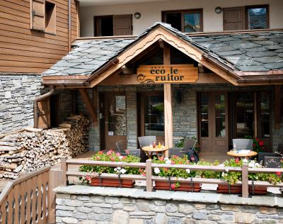 Rent in ski resort Résidence le Ruitor - Sainte Foy Tarentaise - Summer outside