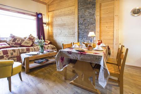 Vacances en montagne Appartement duplex 4 pièces 8 personnes - Résidence le Sappey - Valmorel - Table