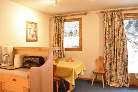 Vacances en montagne Appartement 2 pièces 4 personnes (3) - Résidence le Télémark - Méribel - Table