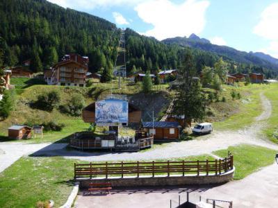 Location au ski Studio 4 personnes (138) - Residence Le Thabor D - Valfréjus - Extérieur été
