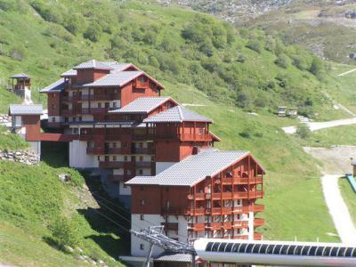 Location au ski Résidence le Valmont - Les Menuires - Extérieur été