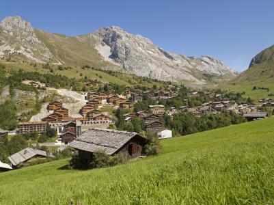 Vacances en montagne Résidence le Village de Lessy - Le Grand Bornand - Extérieur été