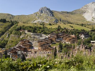 Location au ski Résidence le Village de Lessy - Le Grand Bornand - Extérieur été