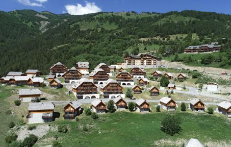 Rent in ski resort Résidence le Village de Praroustan - Pra Loup - Summer outside
