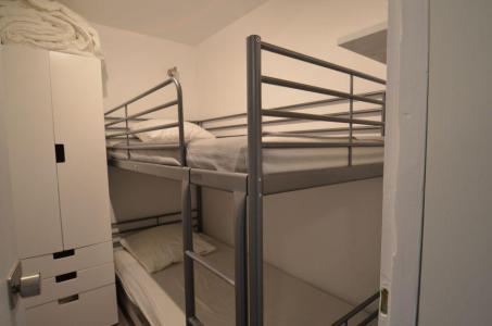 Vacances en montagne Studio cabine 4 personnes (114) - Résidence le Villaret - Les Menuires - Chambre