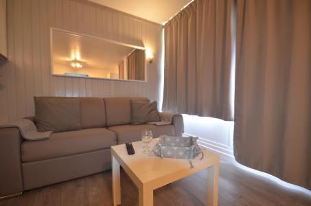 Vacances en montagne Studio cabine 4 personnes (114) - Résidence le Villaret - Les Menuires - Séjour