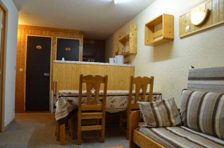 Vacances en montagne Studio cabine 4 personnes (426) - Résidence le Villaret - Les Menuires - Logement