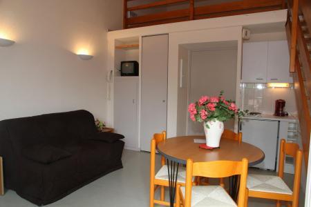 Urlaub in den Bergen Résidence les 3 Césars - Guzet - Wohnzimmer
