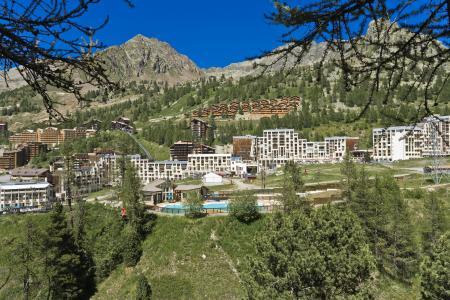 Vacances en montagne Résidence les Adrets - Isola 2000 - Extérieur été