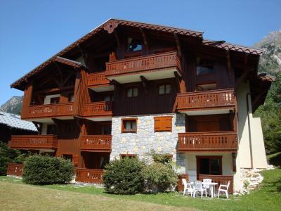 Rent in ski resort Résidence les Alpages de Pralognan C - Pralognan-la-Vanoise - Summer outside
