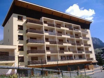 Location au ski Residence Les Alpets - Montgenèvre - Extérieur été