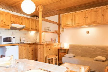 Holiday in mountain resort Studio sleeping corner 4 people (STPRUN) - Résidence les Alpets - Montgenèvre - Living room