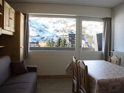 Holiday in mountain resort Studio 4 people (R07) - Résidence les Aravis - Les Menuires - Table