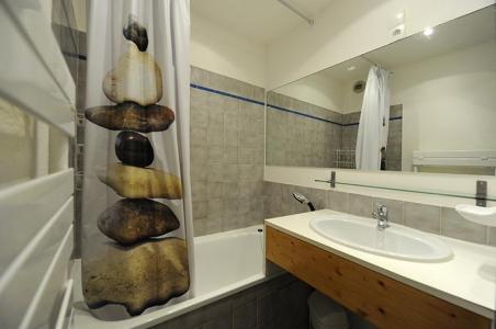 Vacances en montagne Studio cabine 4 personnes (301) - Résidence les Balcons d'Olympie - Les Menuires - Salle de bains