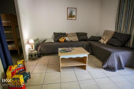 Holiday in mountain resort Studio cabin 4 people (with balcony) - Résidence les Balcons de la Neste - Saint Lary Soulan - Sofa-bed