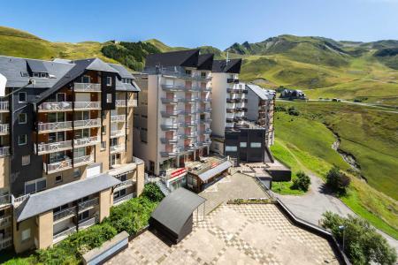 Rent in ski resort Résidence les Balcons du Soleil 1 - Peyragudes - Summer outside