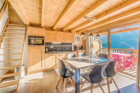Vacances en montagne Appartement 2 pièces mezzanine 6 personnes (B15) - Résidence les Balcons Etoilés - Champagny-en-Vanoise - Escalier