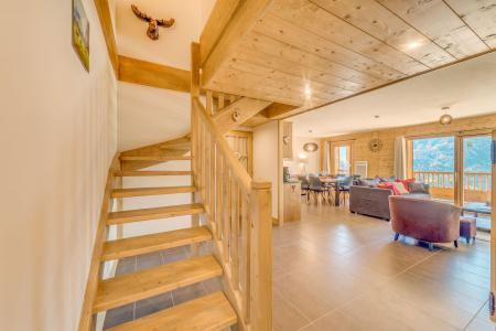 Vacances en montagne Appartement duplex 4 pièces 8 personnes (B20) - Résidence les Balcons Etoilés - Champagny-en-Vanoise - Escalier