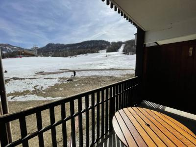 Location au ski Studio 4 personnes (24) - Résidence les Bans - Puy-Saint-Vincent - Extérieur été